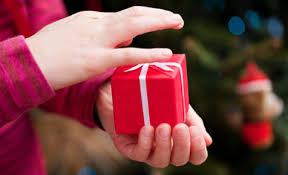 gift giving_1